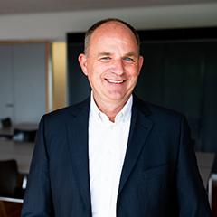 Profilbild von Dr. Hans-Peter Schlaudt, Geschäftsführer der JOMEC GmbH
